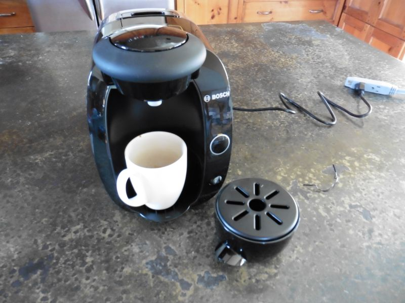 Tassimo T20 Coffee Maker with Spill Reservoir Removed