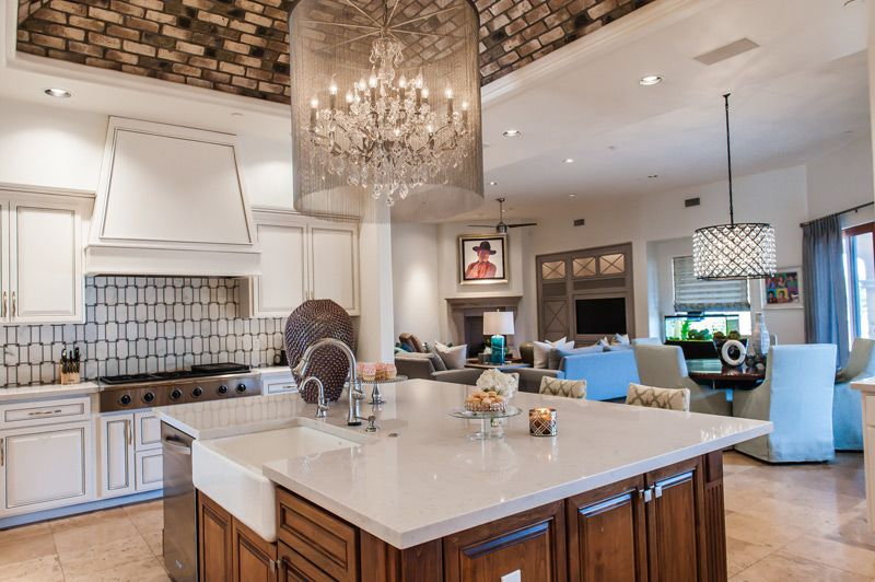 The tiling on the vaulted ceiling of this kitchen is a work of art.