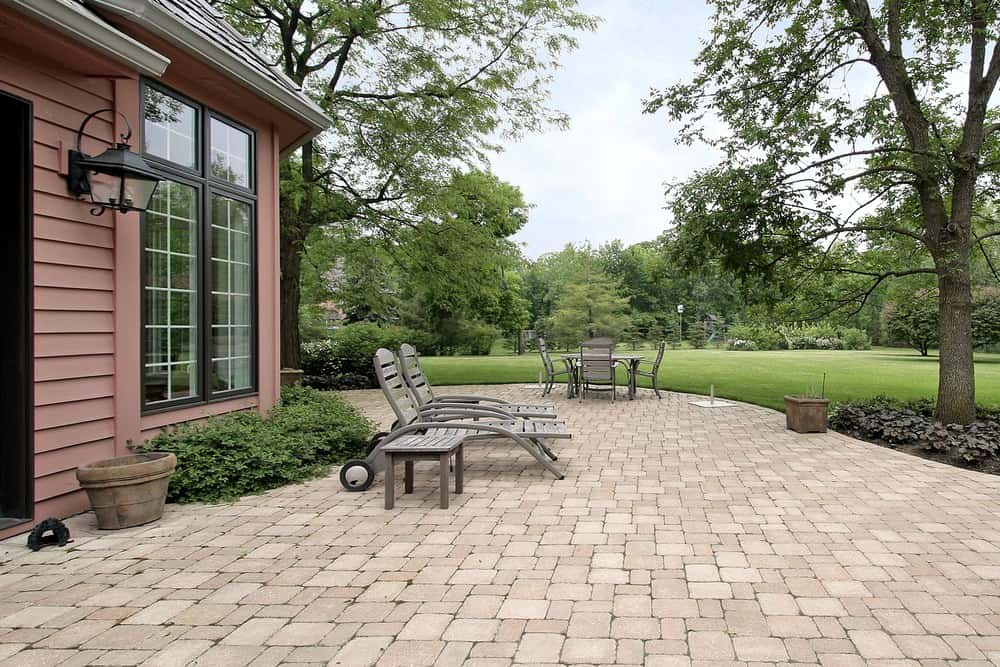 Patio with brick pinwheel pattern