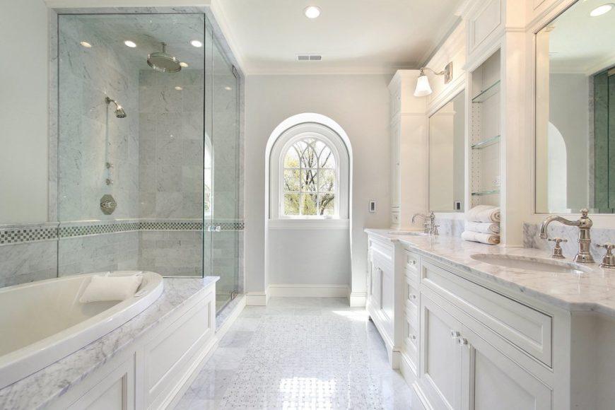 60+ White Master Bathrooms with Tile (Photos)