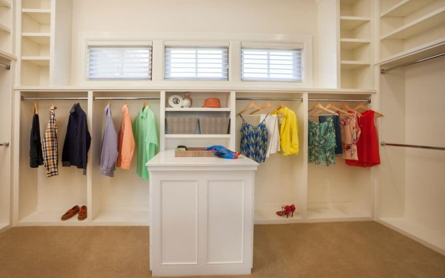 Example of a large mudroom