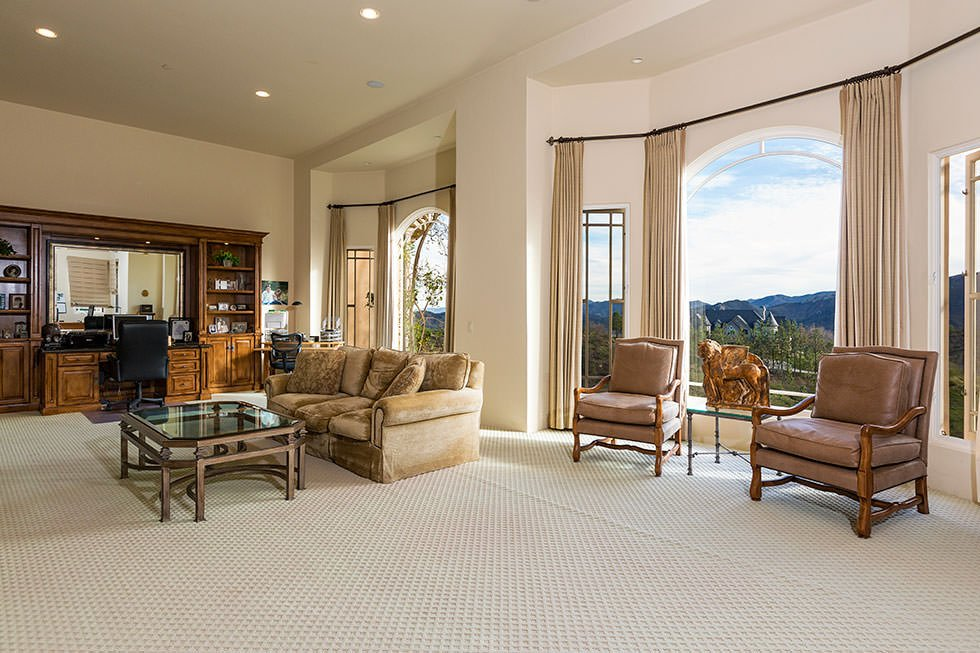 Britney Spears family room.