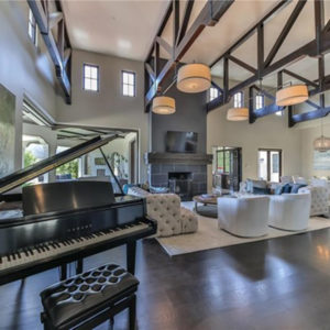 Britney_Spears_Home (27)