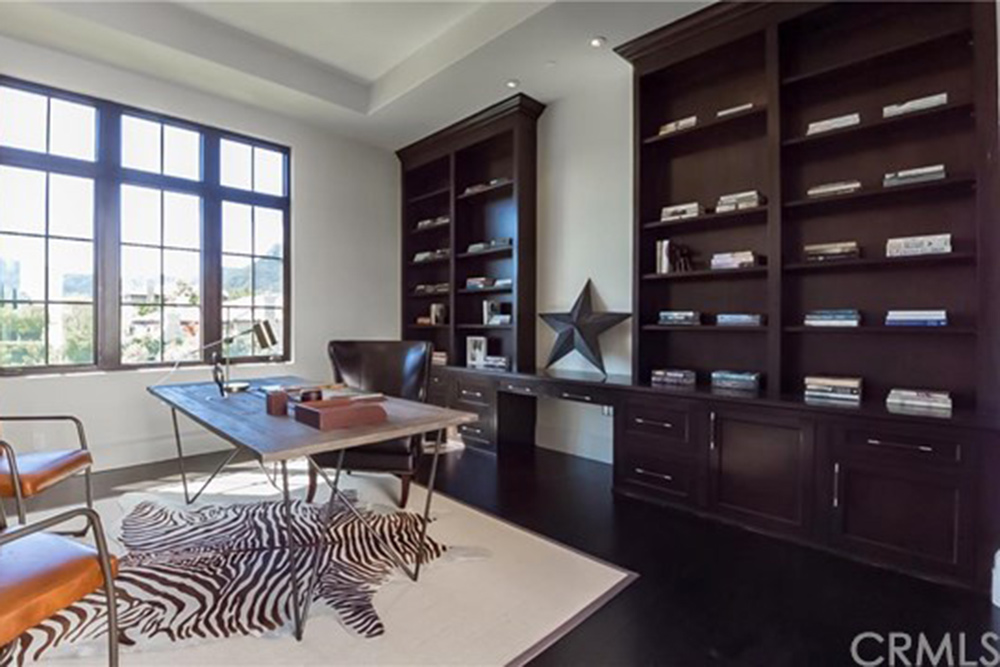 Britney_Spears_Home (30)