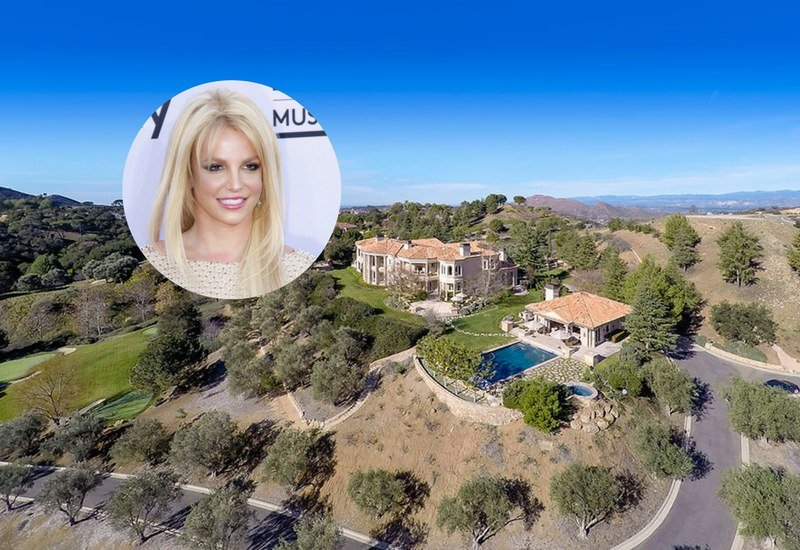 Aerial view of Britney Spears' house.