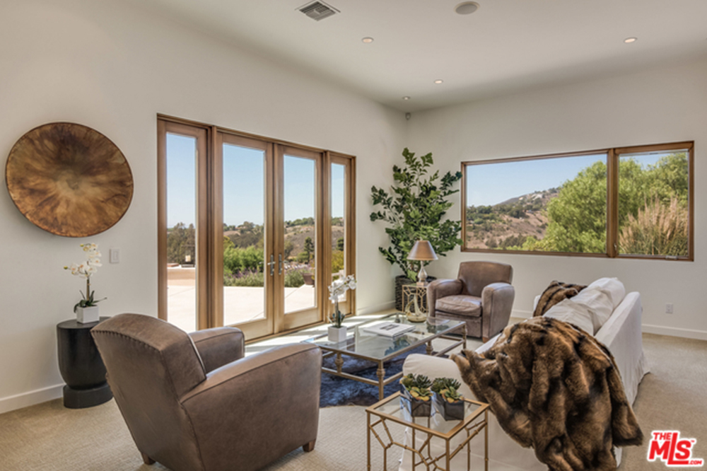 Family room with amazing view in Chris Hemsworth's and Elsa Pataky's Malibu home.