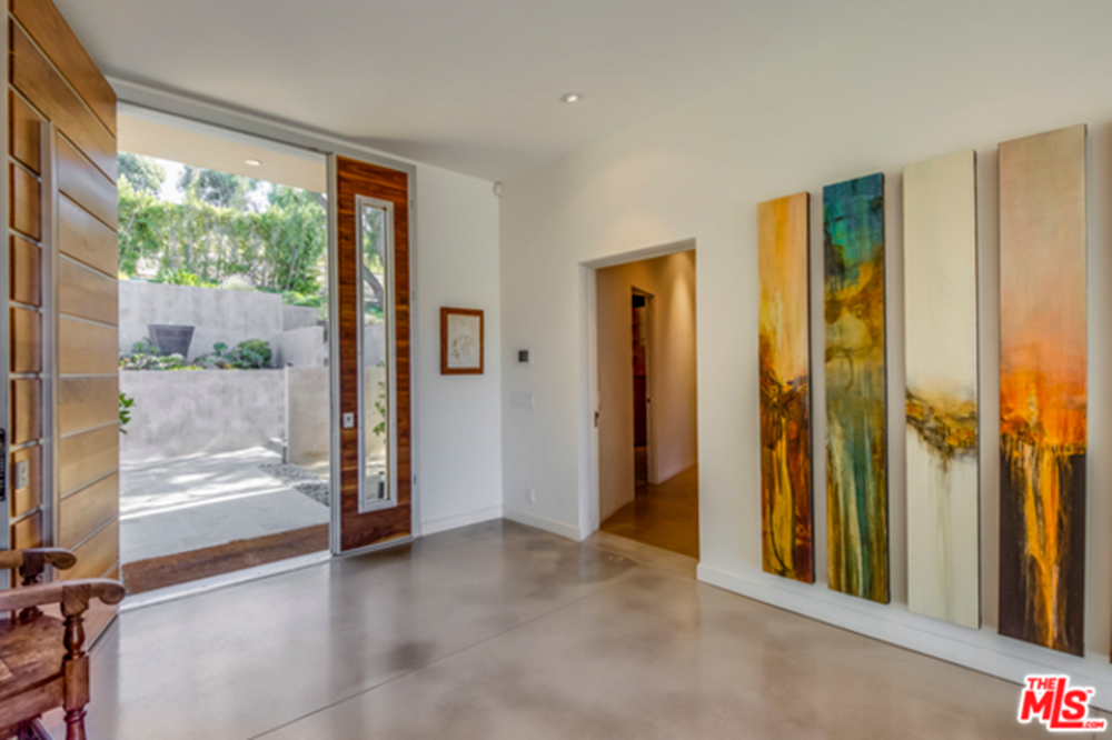 Foyer entrance to Chris Hemsworth's and Elsa Pataky's home.