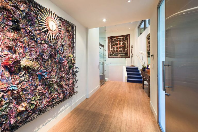 Cool hallway with artwork in Jane Fonda's former home.