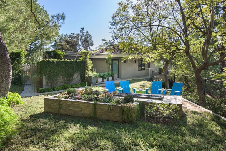 Grounds surrounding Beverly Hills home once owned by Jane Fonda.
