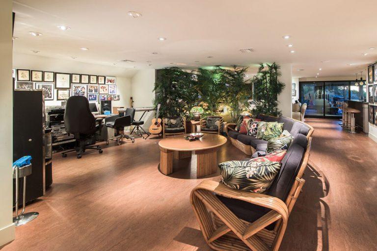 Cool music studio in Jane Fonda's former home (in Beverly Hills)