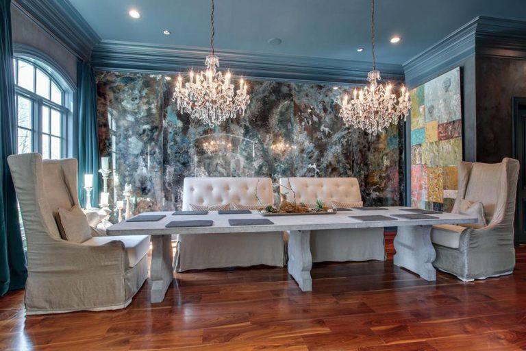 Kelly Clarkson's formal dining room.