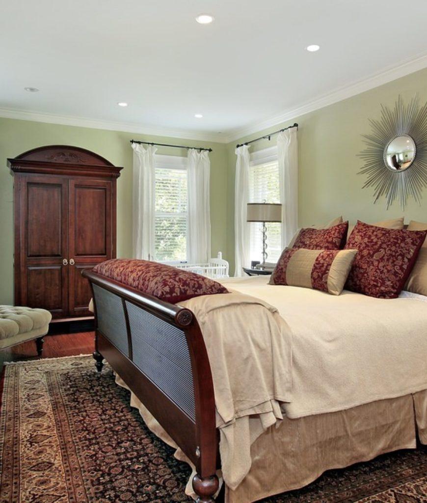 Master Bedroom (308)