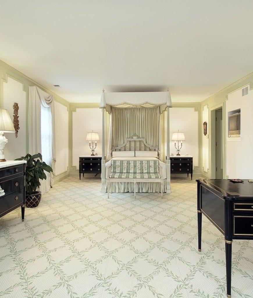 Master Bedroom (314)