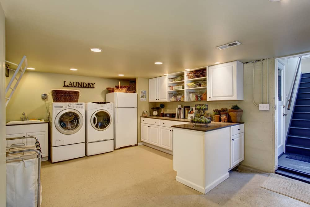 Laundry room with a drying rack