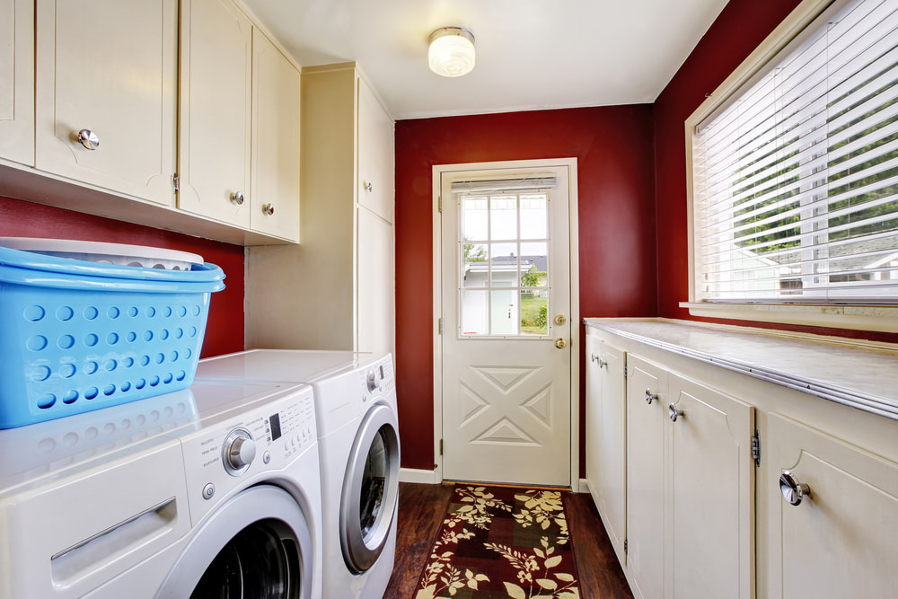 Laundry room in the mudroom