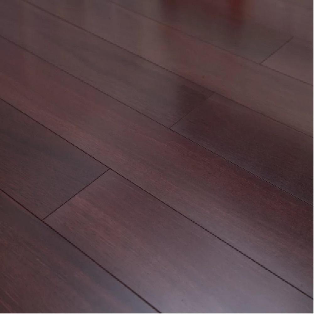 Eucalyptus style laminate floor example