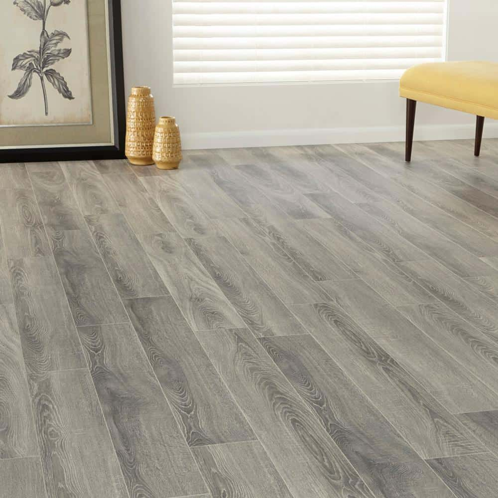 Gray laminate floor color example
