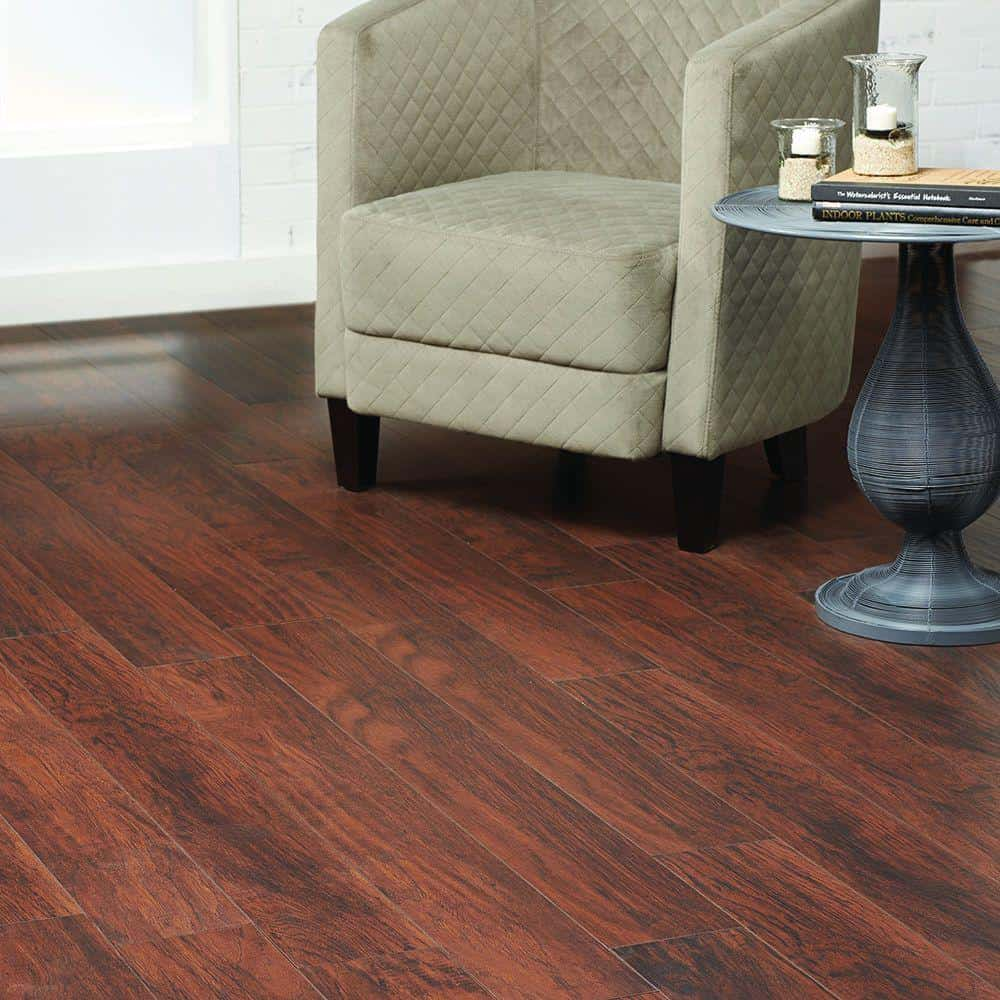 Hickory style laminate floor example