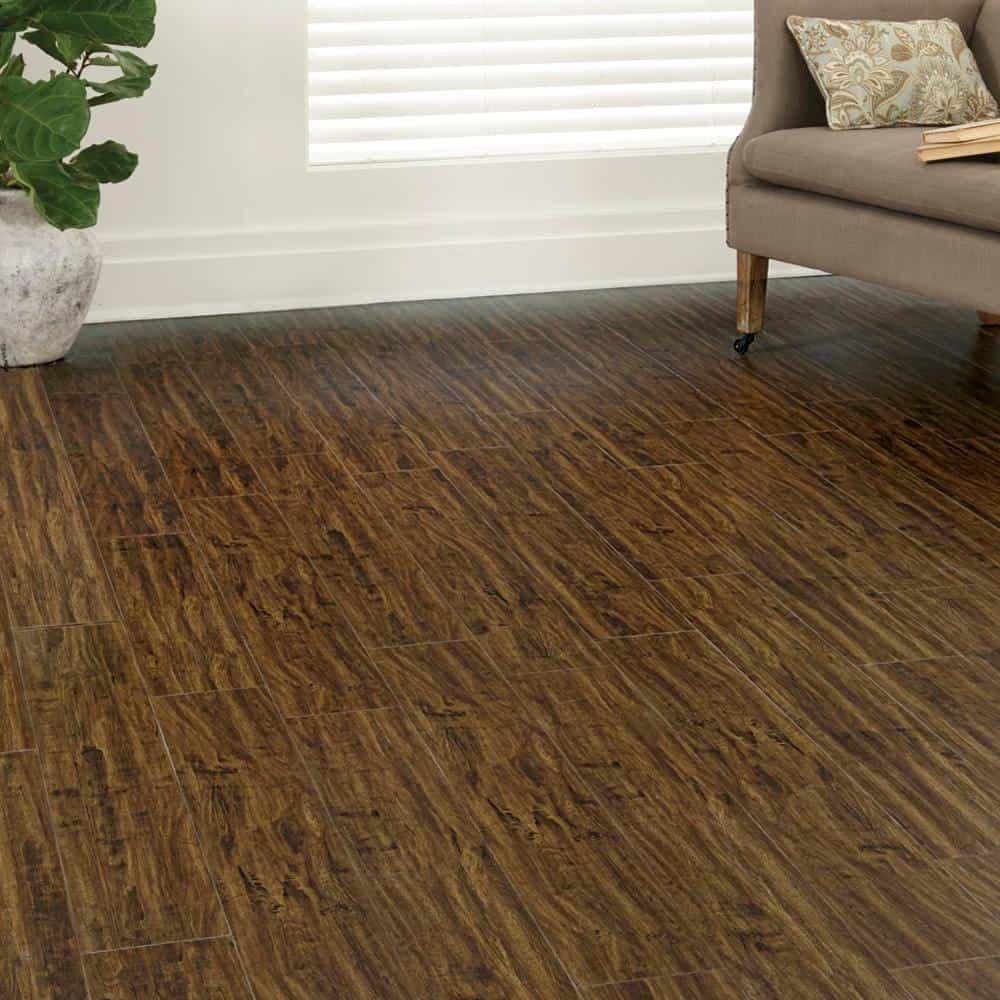 Maple laminate floor example