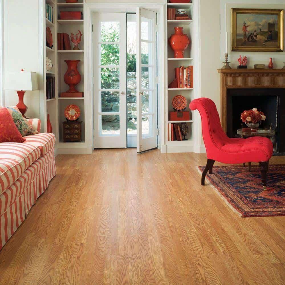 Oak style laminate floor example