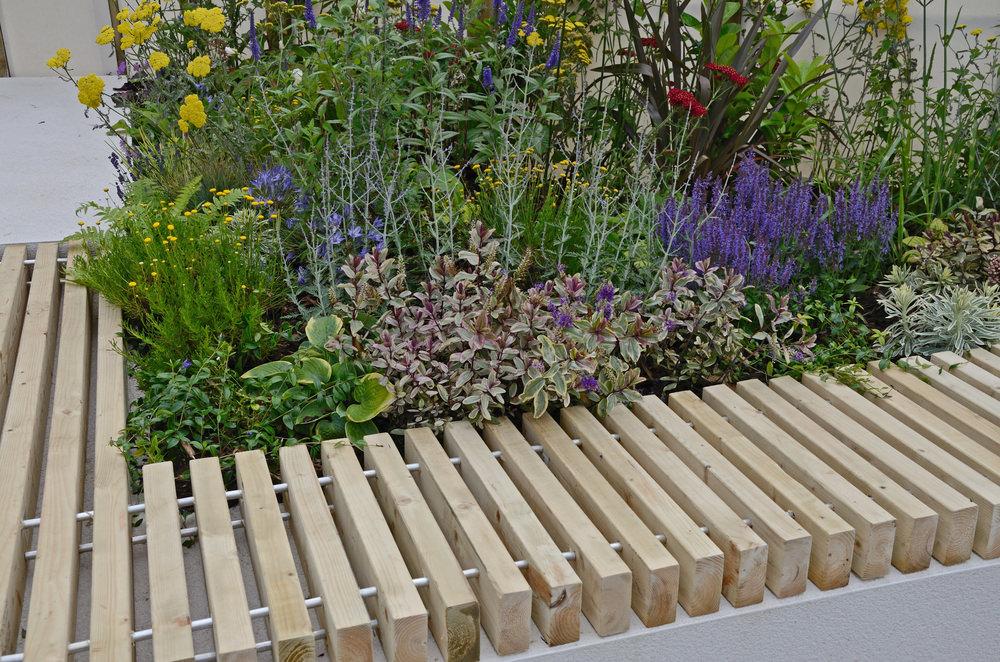The-planter-seat