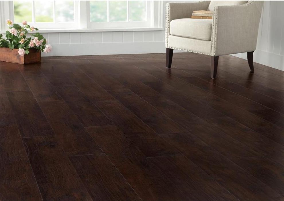 dark laminate flooring example