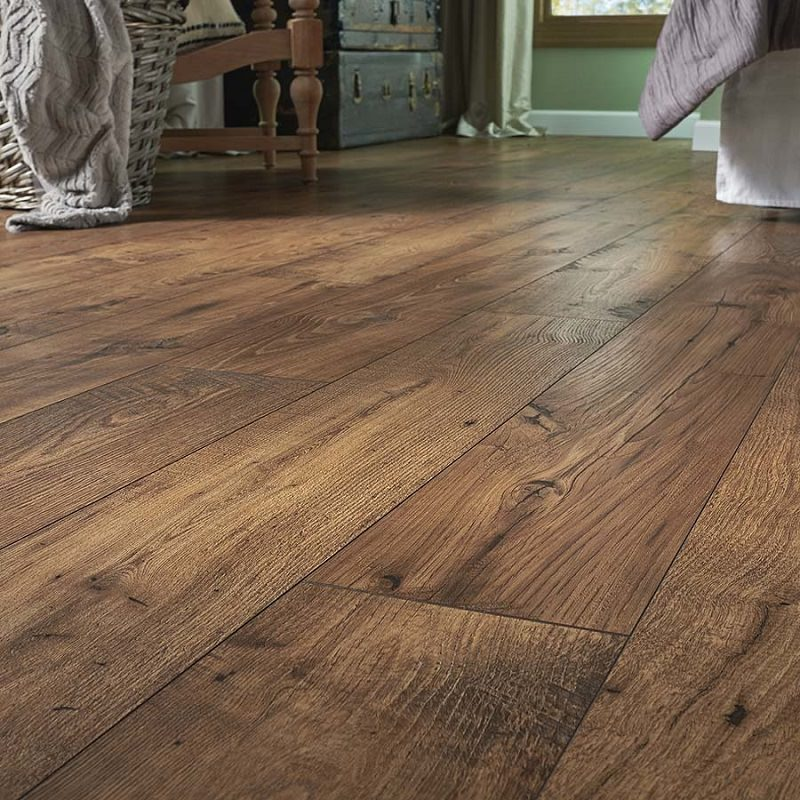 Linoleum Flooring Lowes >> The 57 Different Types and Styles of Laminate Flooring