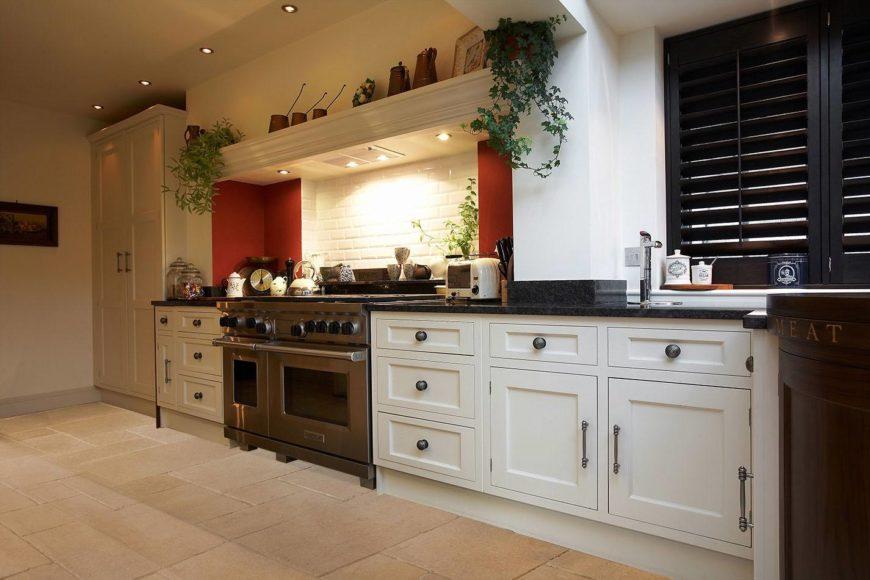 9 Eye-Popping Bespoke Kitchen Designs