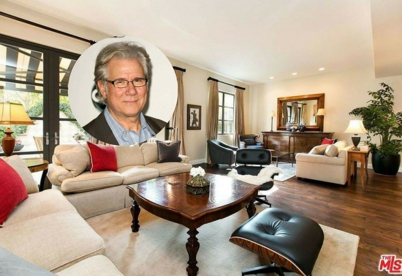 John Larroquette Lists His Venice Beach Home for $3.75 Million (Great Kitchen)