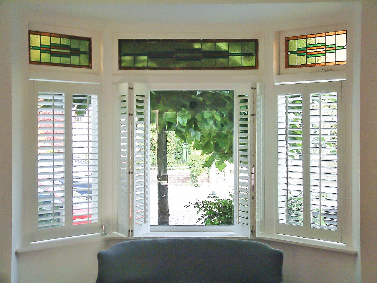 Exterior: Pros And Cons Of Accordion Shutters (Bi-Fold, Tri-Fold And