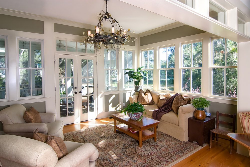 Tropical sunroom looking elegant with its aesthetical arrangement.