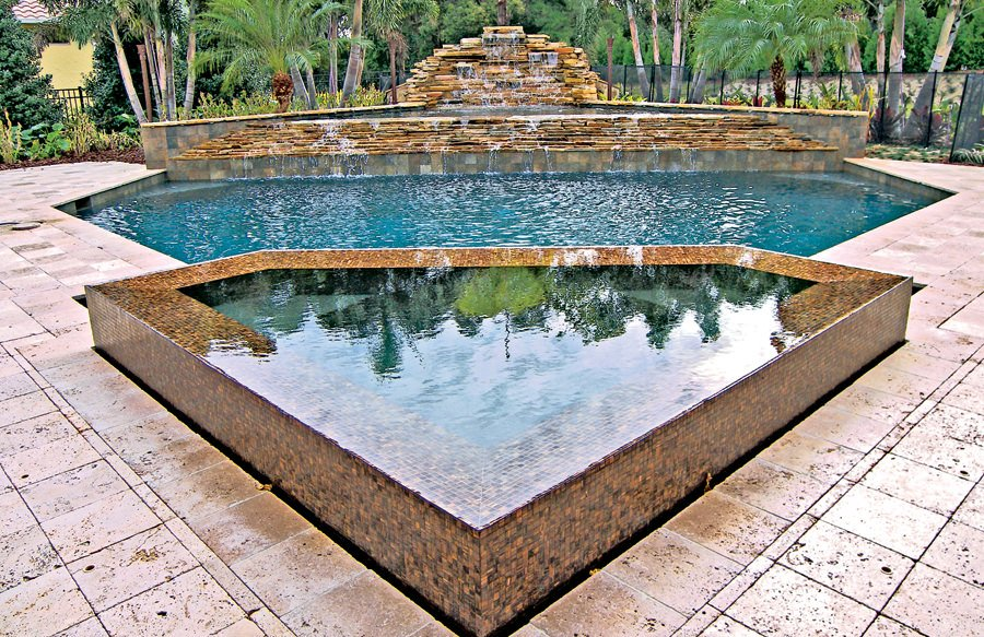 A very stylish swimming pool with magnificent look and style.