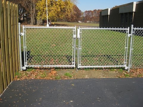 chain link fence gate image