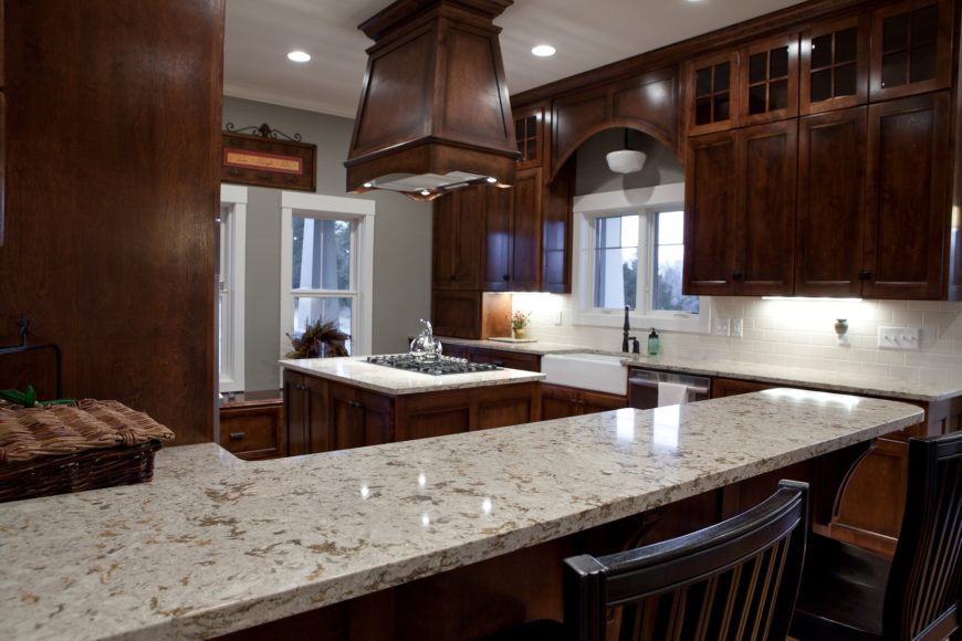 Engineered quartz countertop image