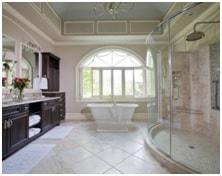 expansive bathroom image