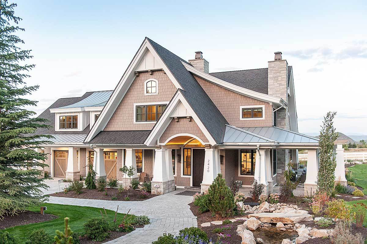 Luxury contemporary craftsman home with amazing landing for Craftsman house plans utah