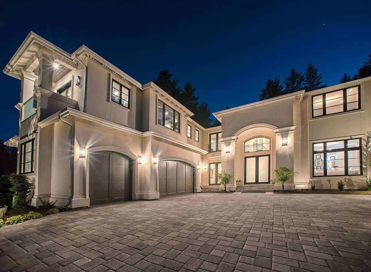 Exquisite Italianate Home