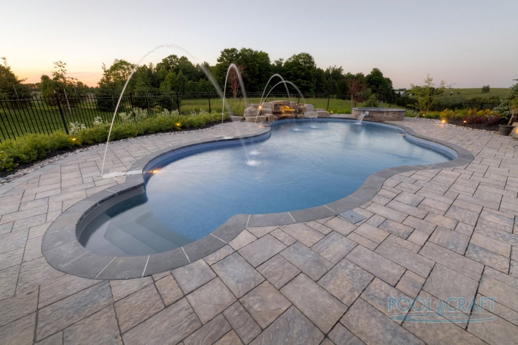 This custom pool is just a jaw-dropping one.