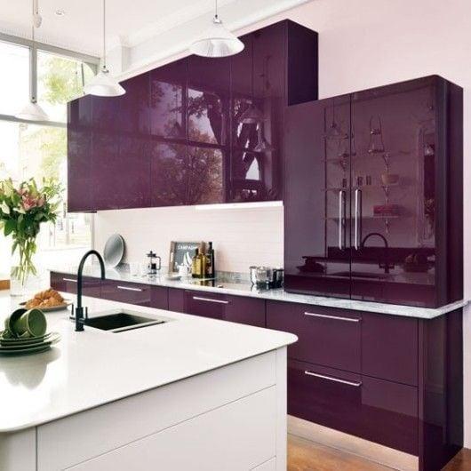 Purple kitchen color image