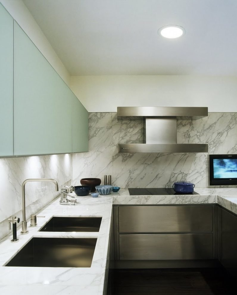 Marble kitchen backsplash.