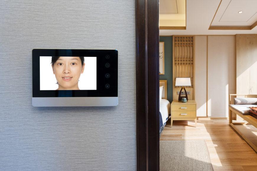 Wireless intercom doorbell