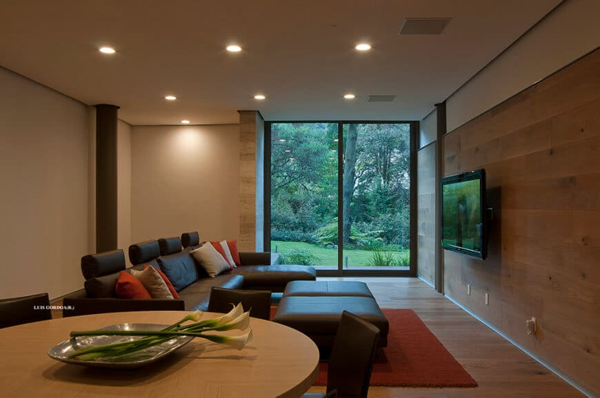 designed by grupo arquitectura - Home Theater Interior Design