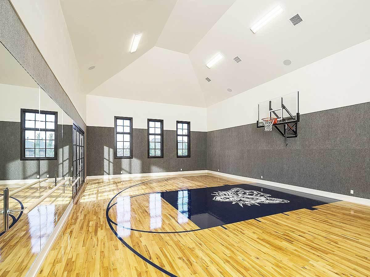 Amazing house with indoor basketball court home stratosphere for Indoor basketball court plans