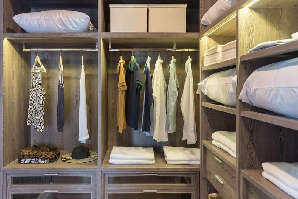 Stylish Walk-in-Closet Design