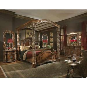 Mediterranean style primary bedroom