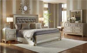 Romantic style primary bedroom