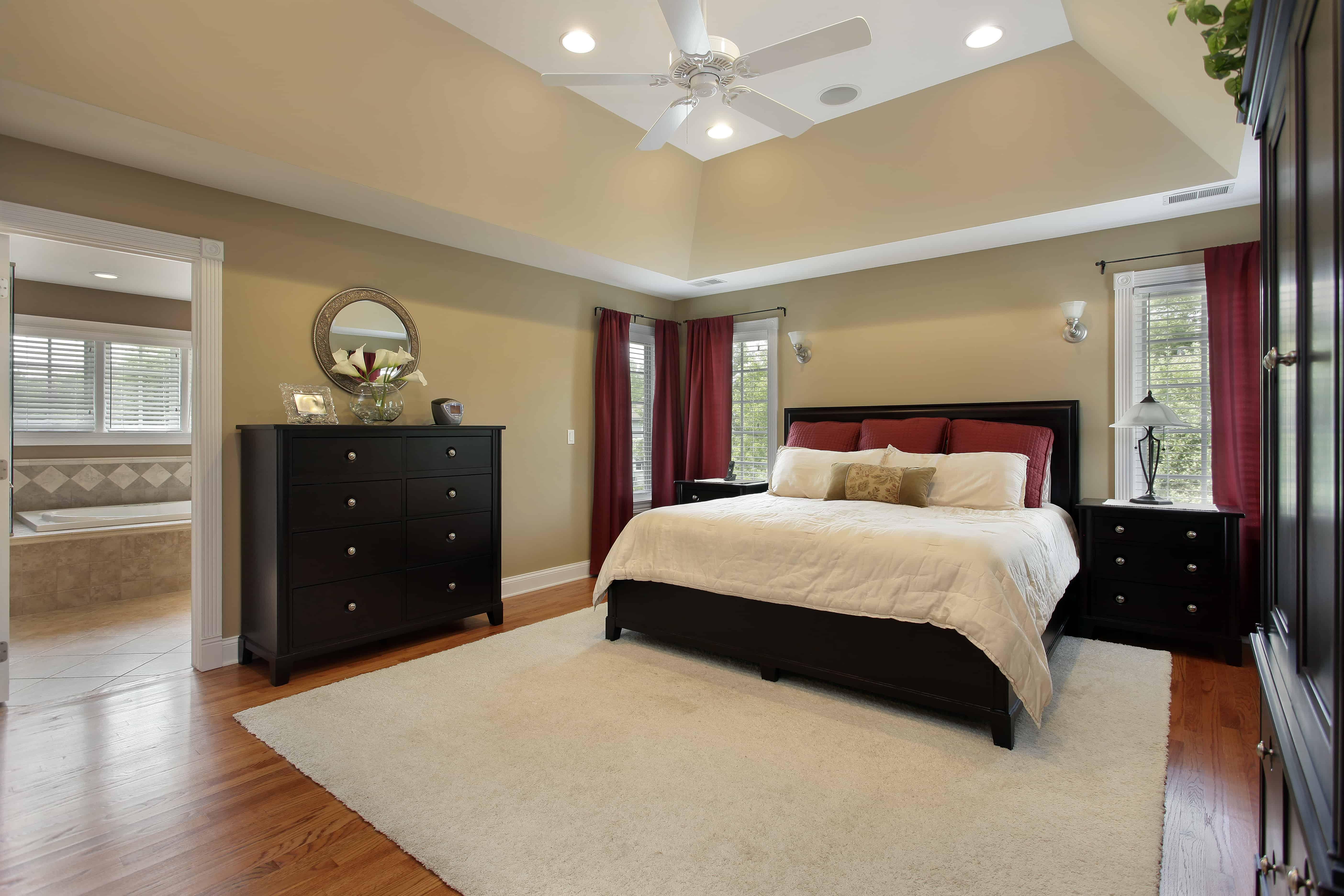 100's of Custom Master Bedroom Designs (Photo Gallery)