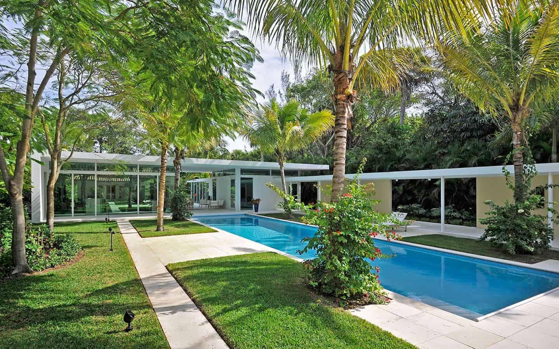 Gomez road house expansion showcases prestigious art - Residence luxe hughes umbanhowar architects ...