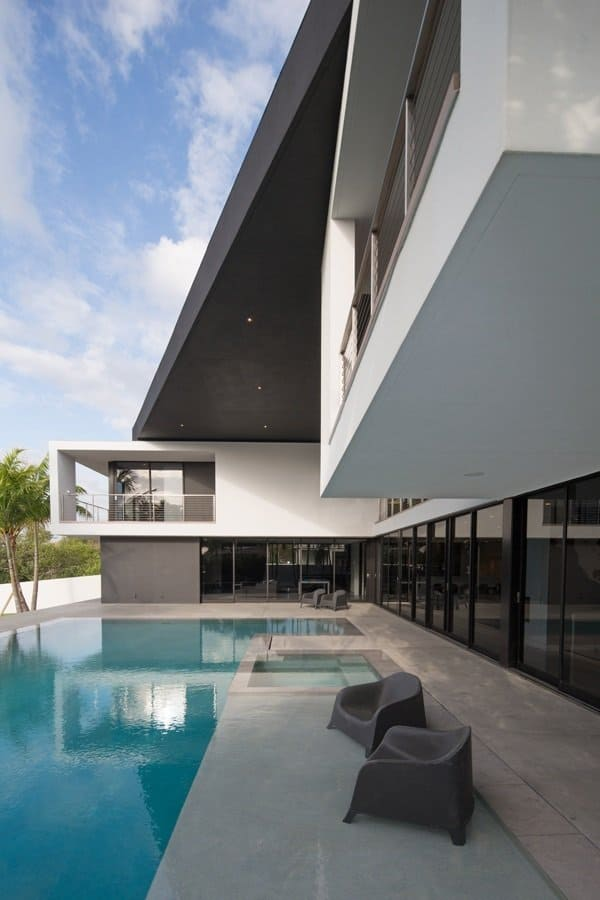 Holly lane a south facing beach residence by hughes - Residence luxe hughes umbanhowar architects ...