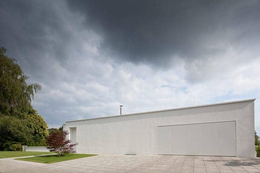 Light-filled Villa Von Stein by Philipp Architekten